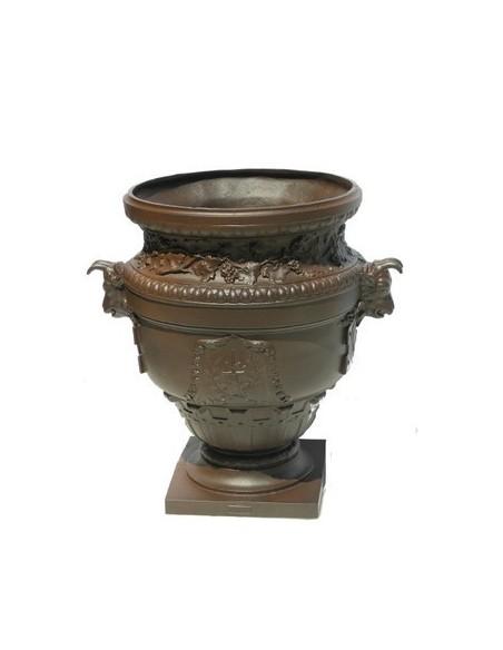 Vase aux capricornes