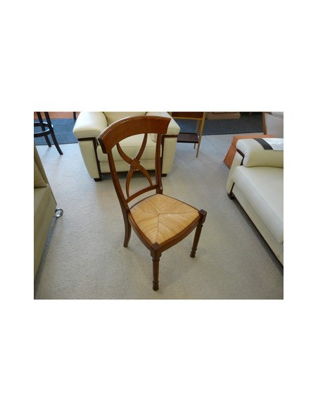 Chaise de repas rustique élégante